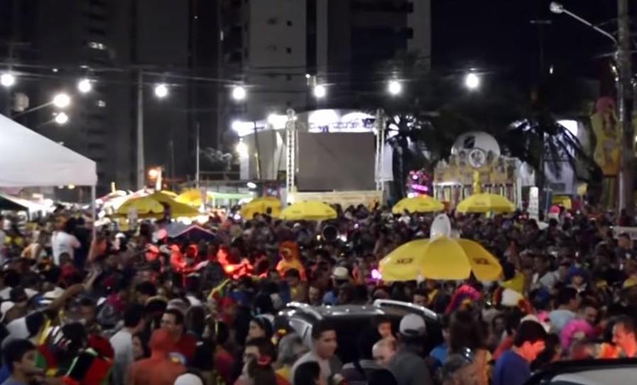 Sobre o documentário Lá Pro Gringo's: conheça a história da praça