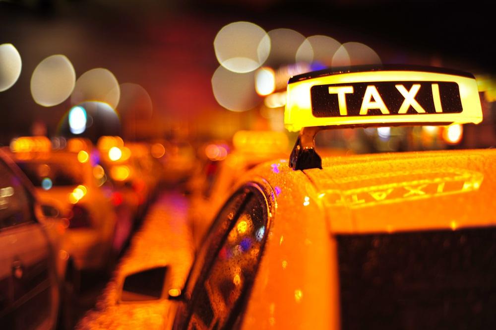 Saiba da empresa de taxistas mulheres que rola em outro estado