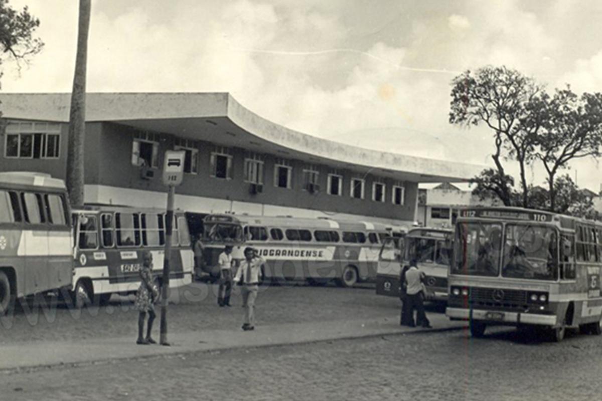 Você já pegou um ônibus intermunicipal neste terminal?