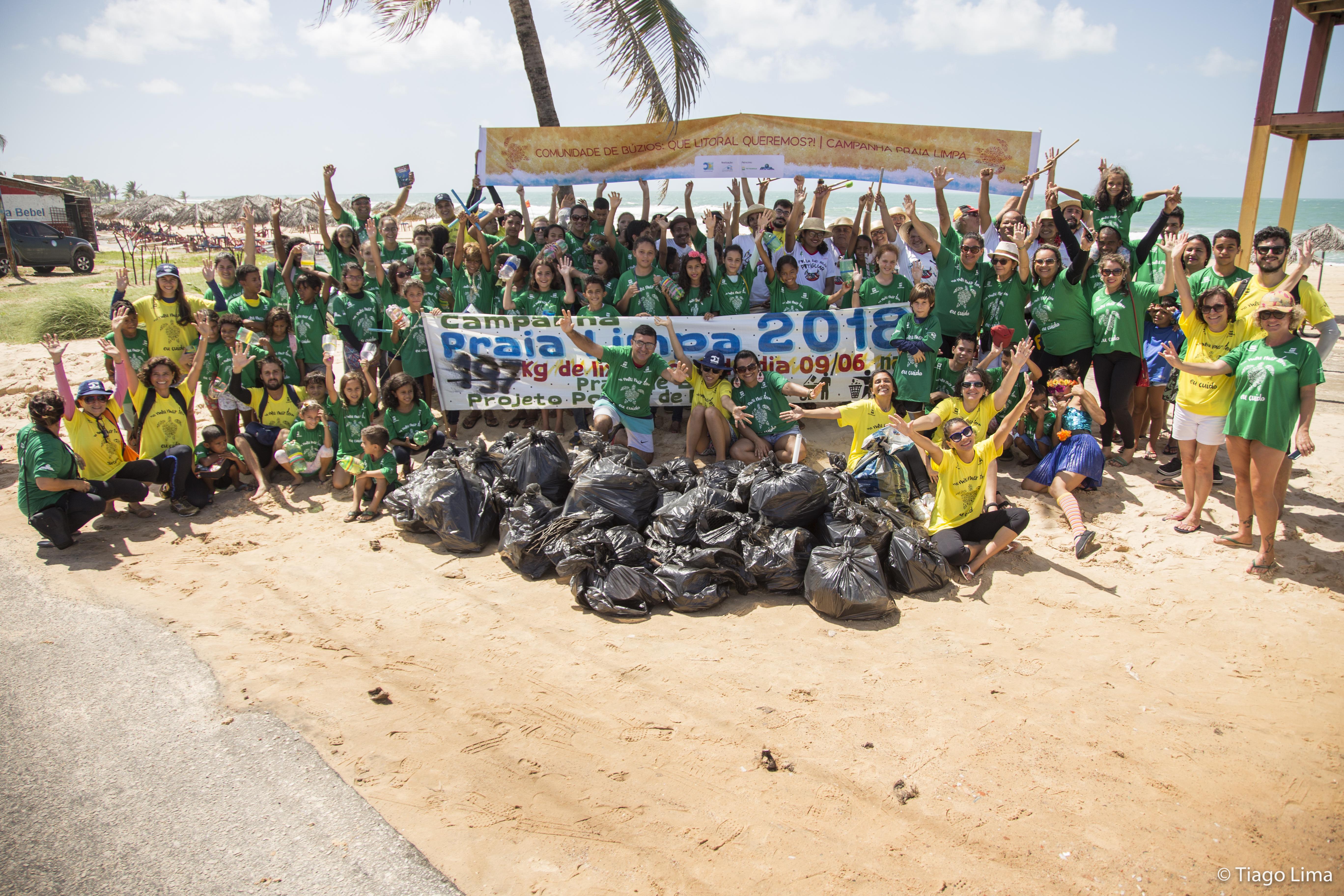 Vamos limpar a praia de Búzios neste domingo?