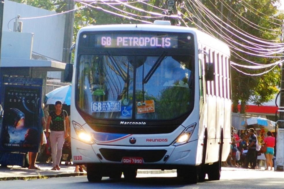 Quarentena: Ônibus vão continuar em Natal, com 30% a menos