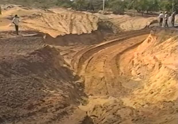 Vídeo do túnel de Neópolis em obra