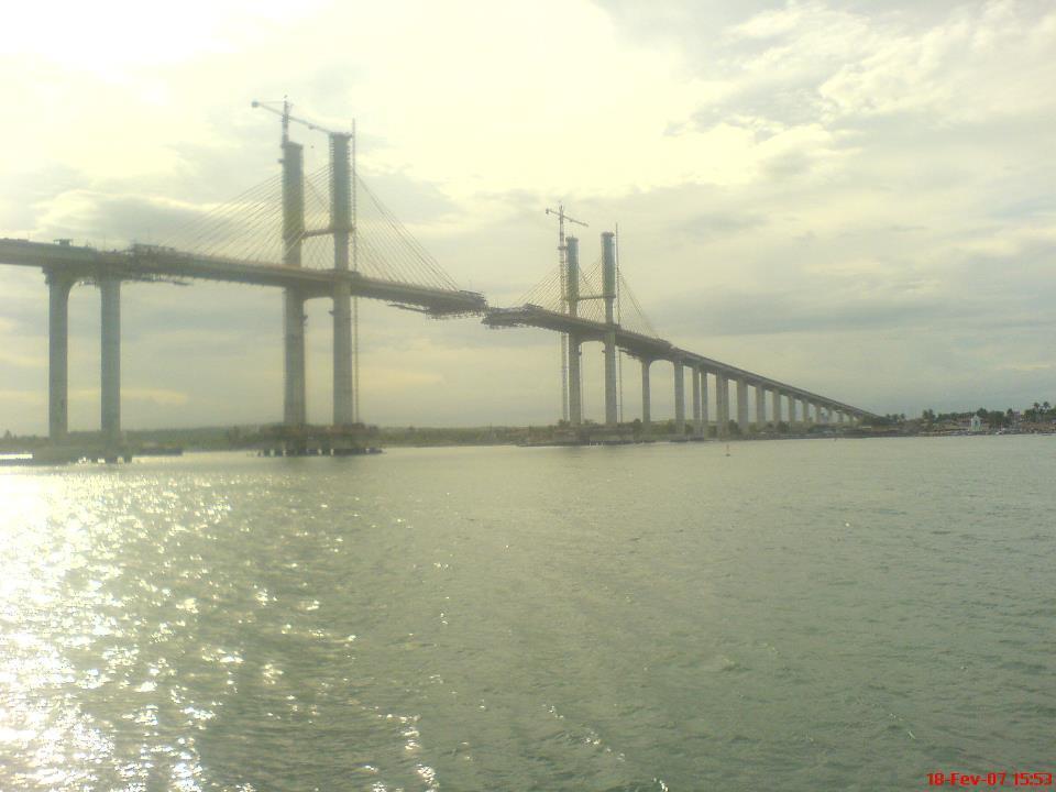 Quando a Ponte Newton Navarro estava em obra